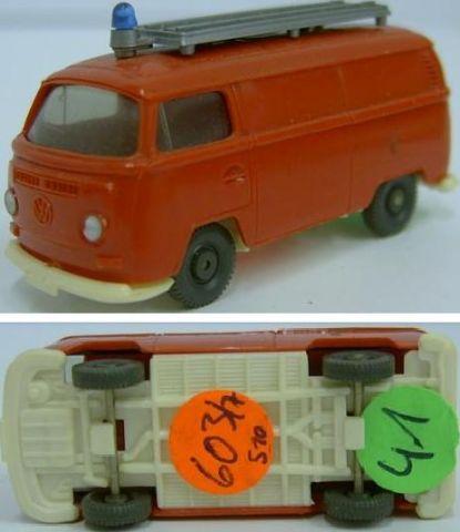 Wiking 603/7, VW Kombi T2 der Feuerwehr, w 41