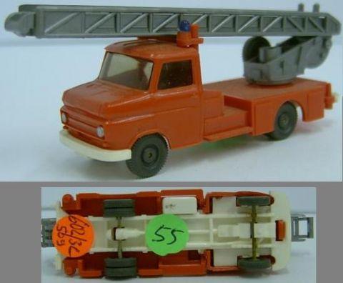 Wiking 602/3C, neue Blitz-Feuerwehr Leiterwagen w 55