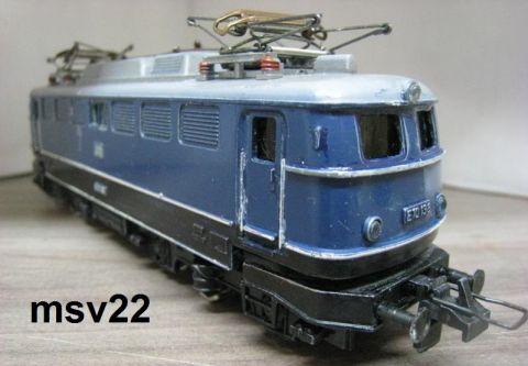 Trix Express 2243 E 10 238 blau der DB (msv22)