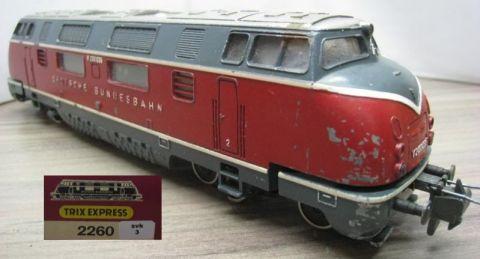 Trix Express 2260 Diesellok V 200 035 rot der DB (svk3)