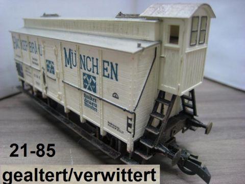 Trix Express 2256 Diesellok 221 137-3 rot der DB (ssa46)